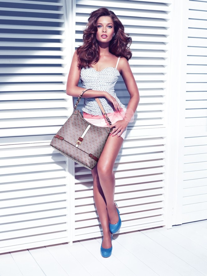 Guess_Accessories_Christmas_2012_campaign