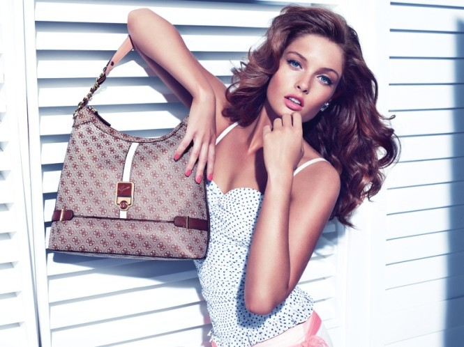 Guess_Accessories_holiday_2012_campaign2