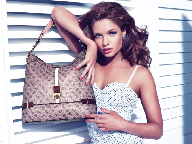 Guess_Accessories_holiday_2012_campaign4