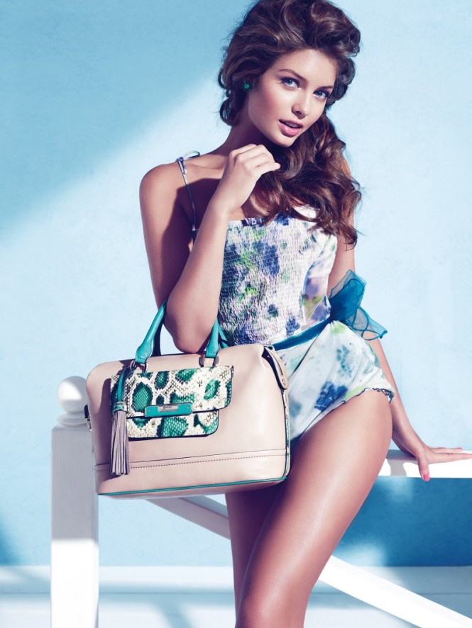 Guess_Accessories_holiday_2012_collection2