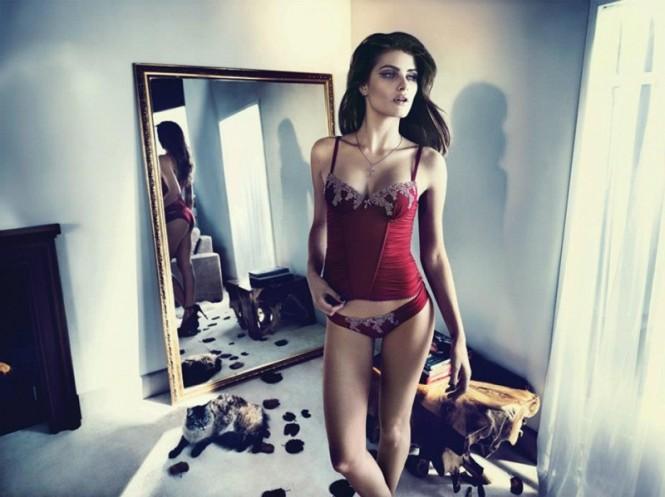 isabeli-fontana-lingerie-campaign13-800x599