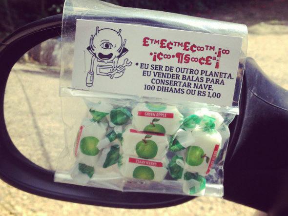 size_590_Candy_Project_frases_criativas_em_balas_no_semáforo (4)