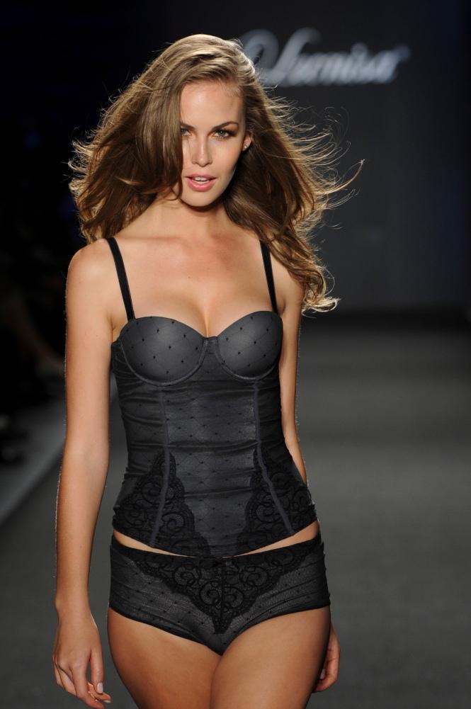 Leonisa Lingerie Colombia Moda 2013 (21)