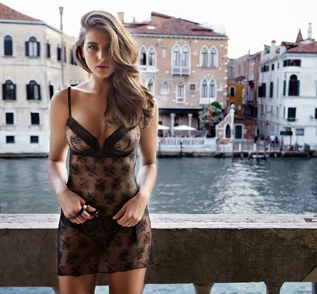 Intimissimi Inverno 2013 14 Tamara Lazic Lingerie Collection (24)
