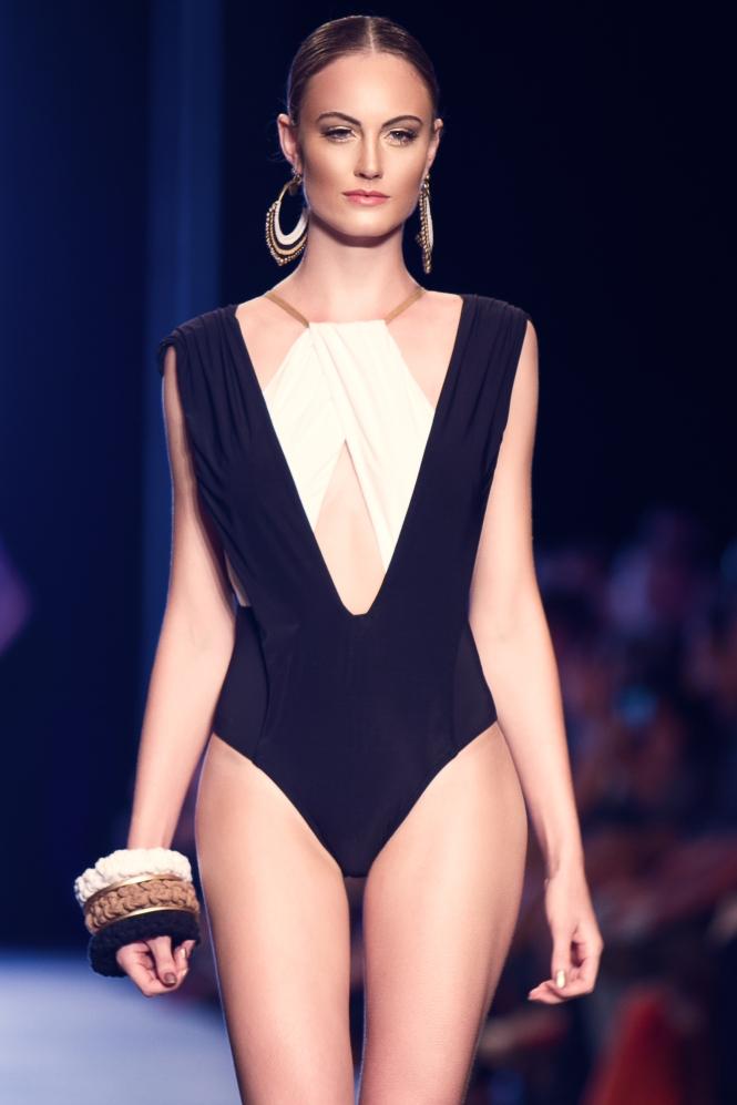 Bikiny Society Desfile Dragão Fashion Brasil 2015  (3)